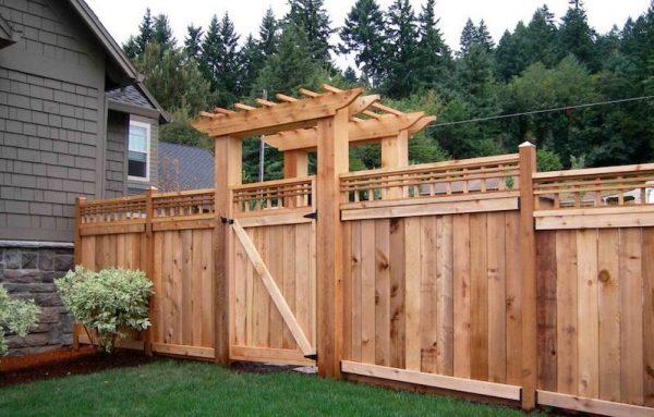 86b444c9 ca40 42ba af34 93949d277833 decorative privacy fence 1170x878 2